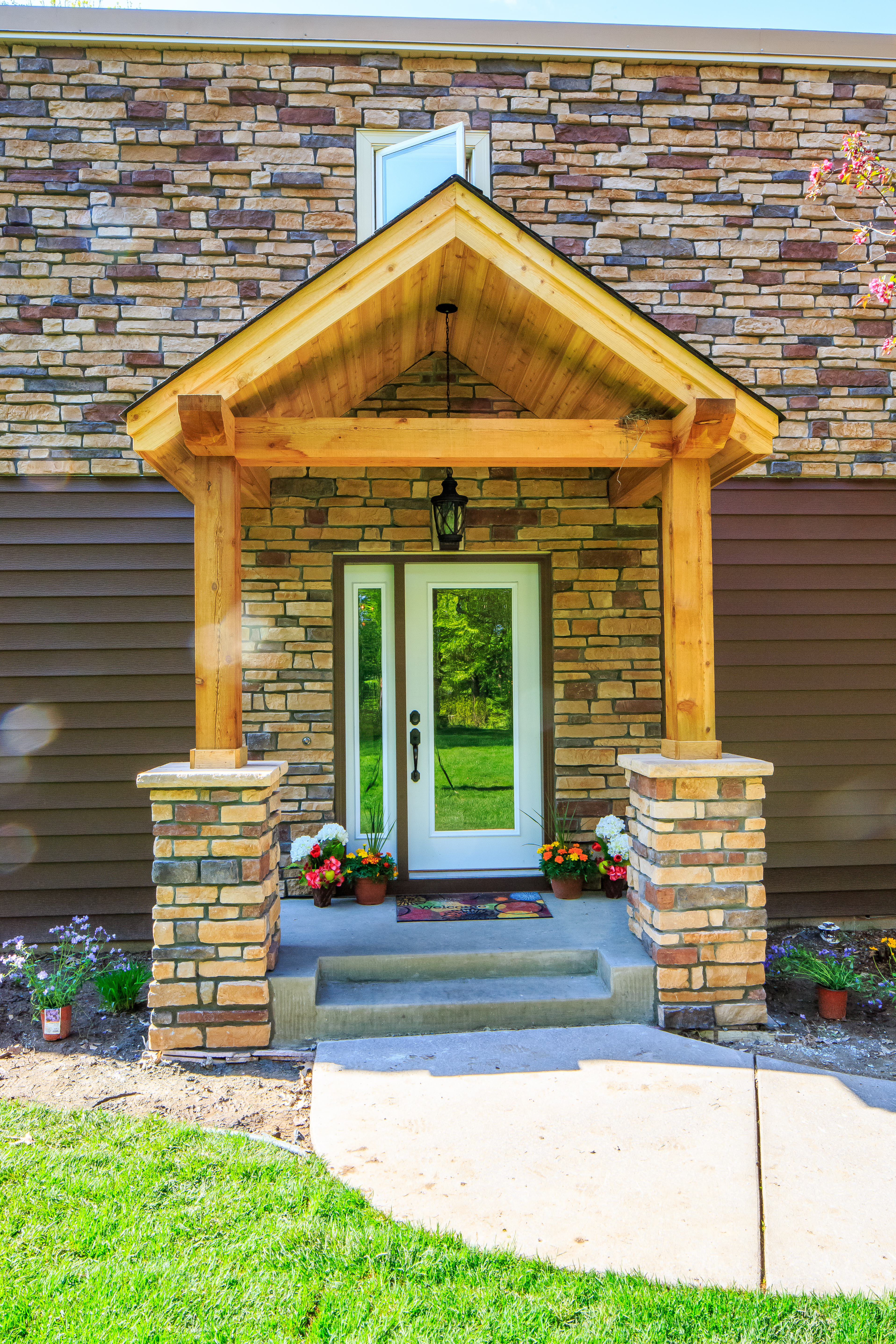 Dayton Mn Exterior Remodel Before After After Front Porch Spotless Seamless