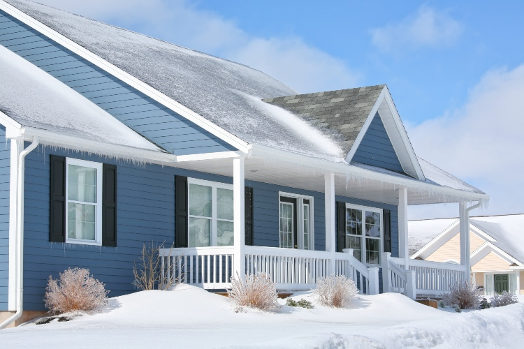 Consider-Steel-Siding-When-Updating-Your-Homes-Look