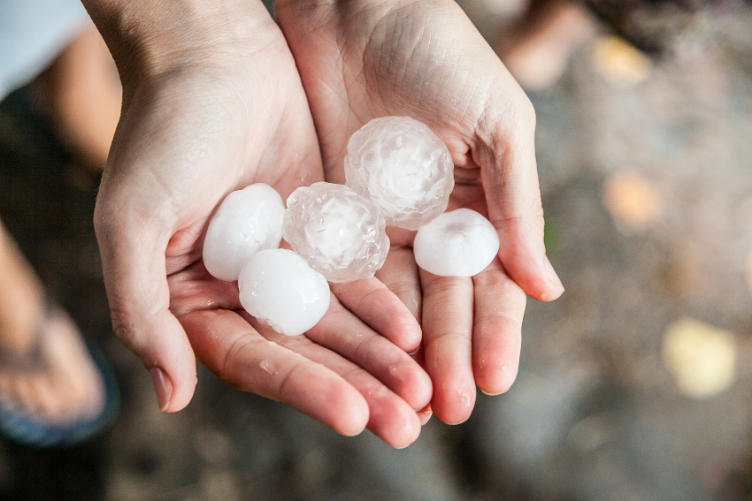 Tips-to-Avoid-Costly-Hail-Damage-Repairs